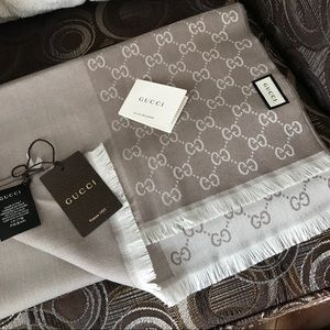 NWT GUCCI monogram double sided wool scarf